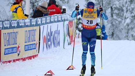 Ristomatti Hakola ja muu hiihtomaajoukkue jättää joulukuun ulkomaankisat väliin.