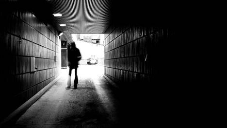 Esimerkiksi masennus on yksi yleisimmistä työkyvyttömyyseläkkeiden syistä. Kuvituskuva.