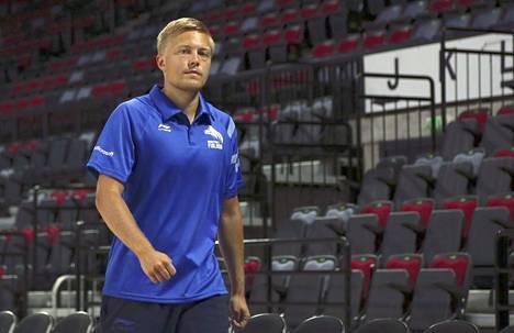 Lassi Tuovi luotsaa Strasbourgin joukkuetta.