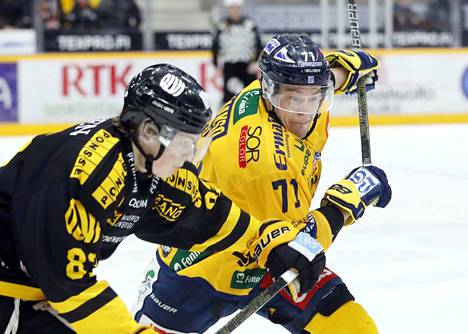 Tapio Laakson motto on englanninkielinen: Never too low, never too high.