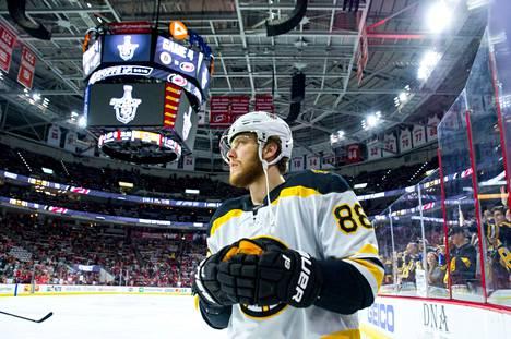 David Pastrnak on edustanut koko NHL-uransa Boston Bruinsia.