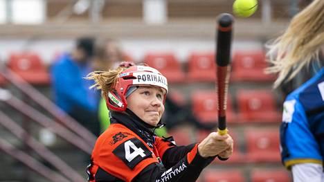 Tiia Peltonen on ollut Pesäkarhujen pudotuspelien varmimpia pelaajia.
