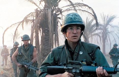 Full Metal Jacket on armoton kuvaus sotilaskoulutuksesta, joka jyrää nuoria miehiä niin, että jotkut ovat raunioina jo ennen kuin ehditään Vietnamin taistelutantereille. Kuvassa Matthew Modine.