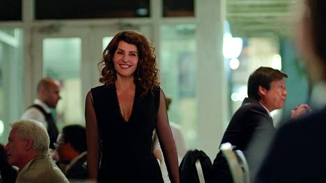 Toulan (Nia Vardalos) perheestä paljastuu salaisuus Kreikkalainen naimakauppa 2:ssa.