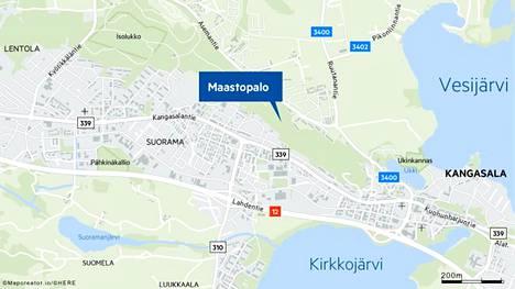 Kirkkoharjun alueella Kangasalla sammutettiin maastopaloa tiistain vastaisena yönä.