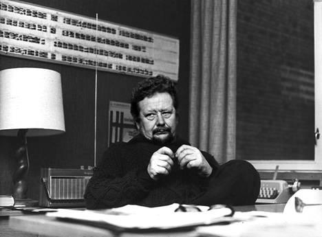 Lasse Pöysti johti Tampereen Työväen Teatteria 1970-luvulla.