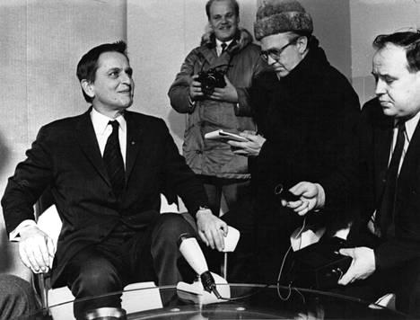Ruotsin pääministeri Olof Palme murhattiin helmikuussa 1986.  Nyt tutkimukset ovat edenneet uuteen vaiheeseen ja syytteitä voidaan nostaa kesään mennessä.