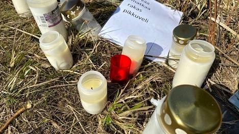 Lauantai-iltana 8. toukokuuta sattunut kuolonkolari vaati kolmen ihmisen hengen valtatie 11:llä Sastamalassa.