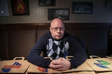 Pubivisa on mitä mainion tapa viettää iltaa vaikkapa kavereiden kanssa etänä. Isäntänä on Jere Seppänen.