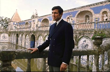 Australialaisnäyttelijä George Lazenbyn teki ainoan Bond-seikkailunsa vuonna 1969.