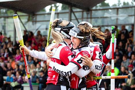 Manse PP:n naiset lähtevät kauteen yhtenä suurimmista mestarisuosikeista.
