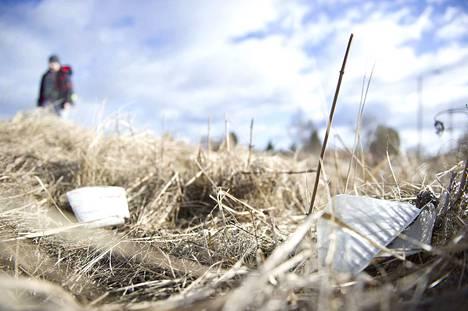 Kokemäen kaupunki toivoo, että kaikki kaupunkilaiset osallistuisivat mahdollisuuksiensa mukaan yhteisten alueiden siivoustalkoisiin.