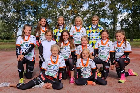 F-tyttöjen kausi päättyy sunnuntaina stadionotteluun Porin Pesäkarhuja vastaan.