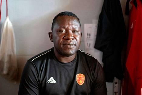 Seth Ablade pysyy Porissa ja toimii jatkossa Musan Salaman edustusjoukkueen avustavana valmentajana.