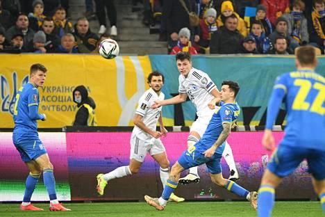 Suomen kanssa samassa lohkossa pelaavat Ukraina ja Bosnia-Hertsegovina päätyivät myöhään tiistai-iltana pelatussa ottelussa tasapeliin.