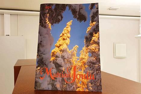 Multian Joulu -lehden kansikuvan Lumipuiden lumoa Purstinvuoressa on ottanut Anne Paananen.