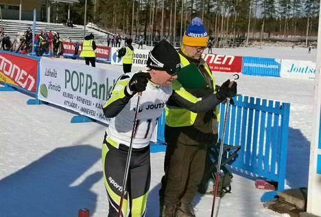 Kisailijoiden Arto Nissinen oli M55-sarjavoittaja sunnuntaina Joutsassa.