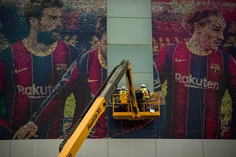 Lionel Messin kuva piilotettiin tiistaina Camp Nou -stadionilla.