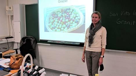 Heidi Amedeon mielestä on mahtavaa, että Etelä-Italiassa osataan nauttia täysin siemauksin ruuan puhumisesta, tekemisestä ja syömisestä.