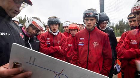 Manse PP:n C-pojat ovat aloittaneet kautensa vahvasti. Torstaina vastassa on Kankaanpään Maila.