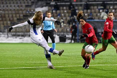 Portugali-ottelun tapaan Linda Sällström jatkoi maalitehtailua Kyprosta vastaan.