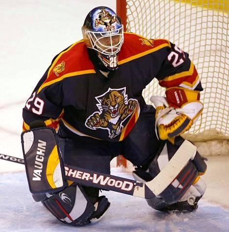 Jamie McLennan pelasi NHL:ssä 254 runkosarjaottelua.