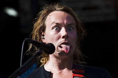 Lapkon Ville Malja eläytyi antaumuksellisesti vuonna 2011 Lokkilavalla, kun hän potkaisi Porisperen päälavan ohjelmiston käyntiin. Porilaine bändi -kisassa kisataan esiintymispaikasta ensi vuoden Porisperessä.