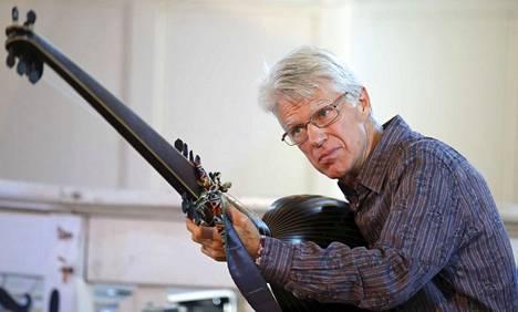 Englantilainen Michael Fields on vastannut Sastamalan vanhan musiikin festivaalin ohjelmistosta jo parikymmentä vuotta.