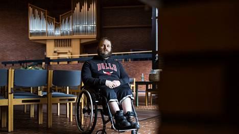Teljän kirkko on Antti Björklundille mieluinen työpaikka.