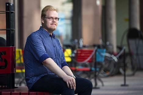 Perussuomalaisten Nuorten varapuheenjohtajan Toni Jalosen mielipidekirjoitus Satakunnan Kansassa (27.11.) on herättänyt pahennusta.