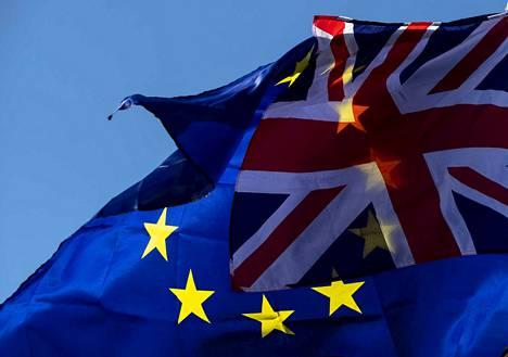 Lauantain brexit-päivästä tuli pääministeri Boris Johnsonille häviön päivä. Parlementin alahuone päätti, että erosopimuksen lainsäädäntö on ratifioitava ennen kuin alahuone voi äänestää sopimuksen puolesta tai vastaan.