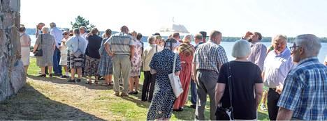 Tyrvään päivä kokosi runsaasti ihmisiä Pyhän Olavin kirkkoon sunnuntaina.
