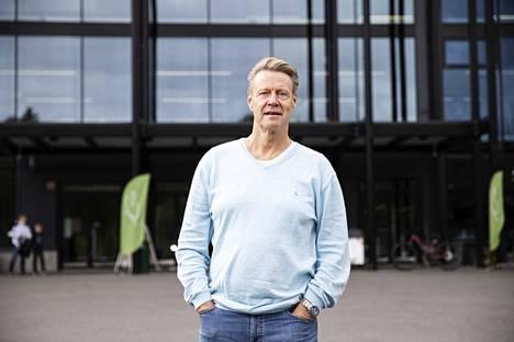 Ari Koskinen johtaa Hämeen liikunta ja urheilu ry:tä. Hän iloitsee erityisesti urheilun suurtapahtumien virkistävästä vaikutuksesta paikkakunnan laji-, seura- ja nuorisotoimintaan. Koskinen vetää Tampereen yliopiston johtajuussymposiumissa isojen urheilujohtajien paneelin suurtapahtumien merkityksestä.