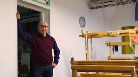 Kuvassa Pirkan opiston rehtori Matti Korolainen
