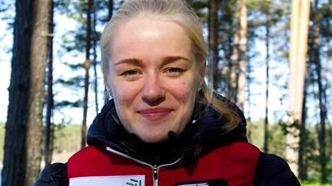 JRV:n Inka Nurminen kilpailee ensimmäistä kauttaan naisten pääsarjassa.