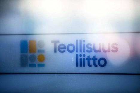 Teollisuusliitto on Suomen suurin teollisuuden ammattiliitto. Sillä on noin 200 000 jäsentä.