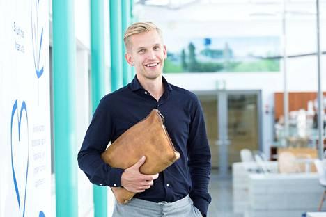 Ville Solja on yksi Kiilto-konsernin omistajista ja johtajista. Hän sanoo tuntevansa paineet, joita 100-vuotiaan yrityksen menestyksen jatkaminen tuo.