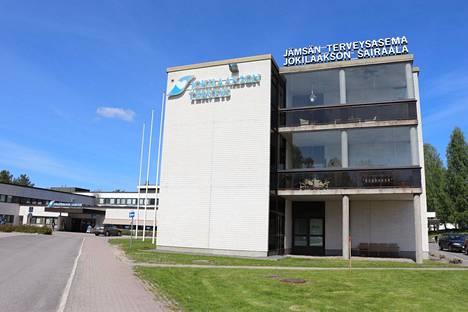 Hyvinvointialueen kannattaa hyödyntää Jämsän sairaalan olemassaolo, sanoo kirjoittaja.