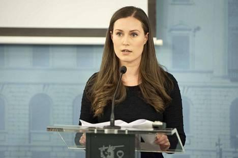 Pääministeri Sanna Marinin (sd) hallituksen päätökset Uudenmaan rajoittamisesta on tehty THL:n uusimman mallinnuksen perusteella.