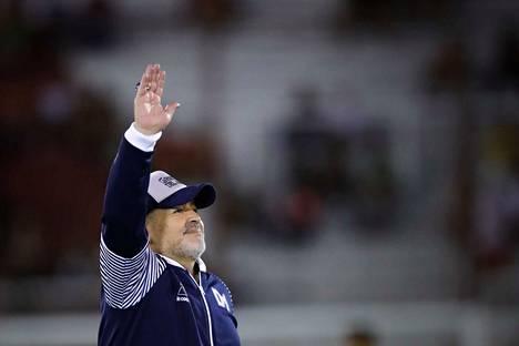 Diego Maradona on kautta aikain jalkapalloilijoita.