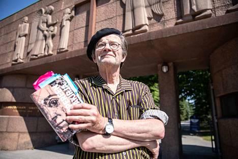 Timo Malmi kävelee Kalevankankaan hautausmaalla päivittäin. Edelleen hän tekee hautausmaalta uusia löytöjä – viimeisimpänä mainittavana erään 1980-luvulla menehtyneen tamperelaismuusikon.