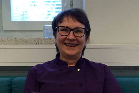 Merja Ahola jää vuoden 2020 alusta eläkkeelle ruokapalveluvastaavan työstä.