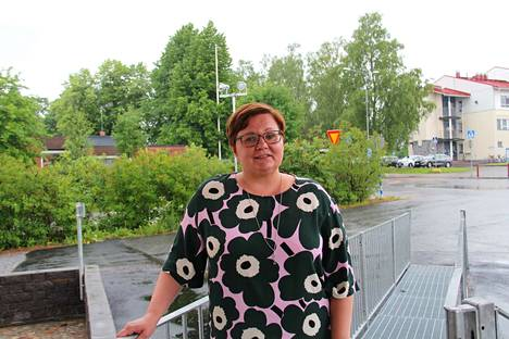 Jämsän kaupunginjohtaja Hanna Helaste sanoo, että Kaipolan tehtaan sulkeminen vaikuttaa suuresti kaupunkiin.