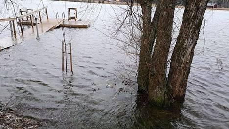 Näin Kokemäenjoki tulvi Kiikassa vuoden 2019 joulukuussa. Arkistokuva
