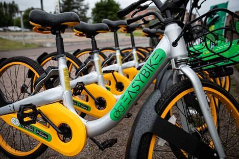 Yksityisen Easybike-yrityksen pyöriä on ollut käytettävissä etenkin Hervannan alueella ja sittemmin myös eri puolilla kaupunkia.