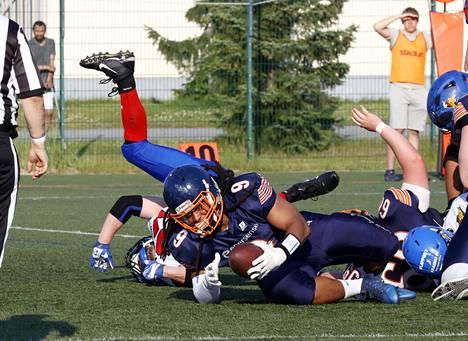 Pori Bears ja Romello Herbin (9) hakevat asetelmia pudotuspeleihin.