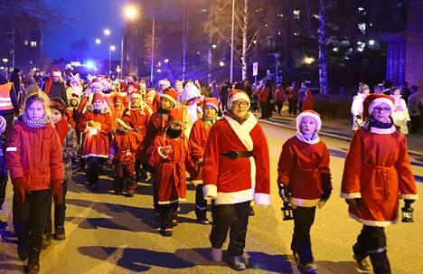 Pukkiparaati järjestetään tänä vuonna sunnuntaina 8. joulukuuta. Kuva on viime vuodelta.
