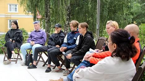 Mänttä-Vilppulan kaupungin nuorisovaltuuston jäseniä oli mukana Mää oon Mänttästä -tapahtuman paneelikeskustelussa. Kuvassa vasemmalta Miisa Jäälehti, Sara Korpinen, Severi Hurme, Elias Vuokko ja Miikka Kytömäki.