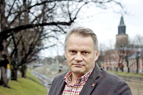 Professori Markku Wilenius on toinen kärkiehdokkaista, joita hallintoneuvosto haluaa haastatella.