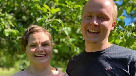 Mari-Lea ja Sakari Melkko aloittavat kauppiasuransa Rauman Lapissa syyskuussa.